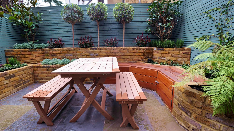 Etienne gardens contemporary garden design and for Garden maintenance london
