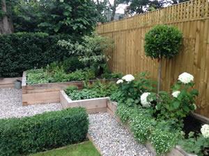Secret garden – Etienne Gardens